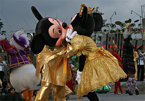06021802 ミッキー&ミニーのキス: ささやかな戯言 ささやかな戯言 ※それは独り言をサボ